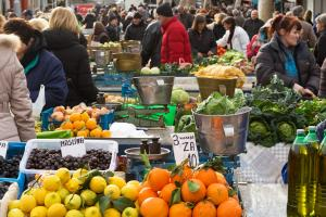eatinsplit_green_market_winter